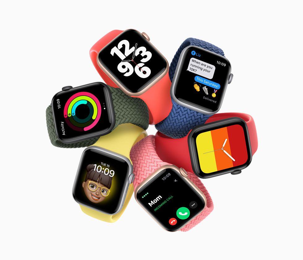 """Rangkaian Apple Watch SE yang menampilkan berbagai """"watch face"""""""