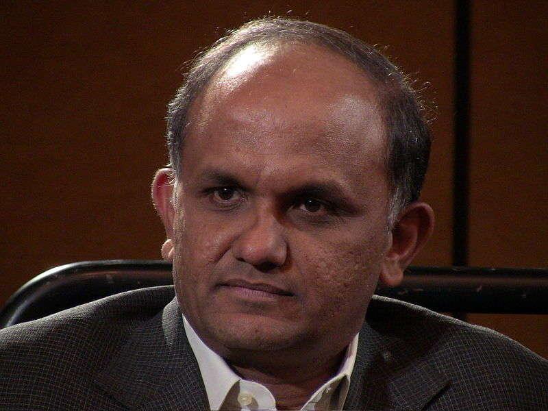 800px-Adobe_CEO_Shantanu_Narayen